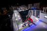 На марсельской трассе райдеров ждал и самый сложный участок в истории гонок — 61-градусный вертикальный перепад BF Goodrich Harbor Drop. По словам организаторов, от успешности прохождения этого отрезка во многом зависел исход всего заезда.