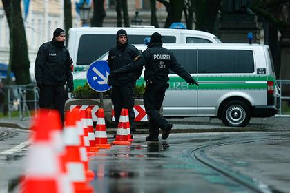 Российский пенсионер порезал трех мигрантов в Германии