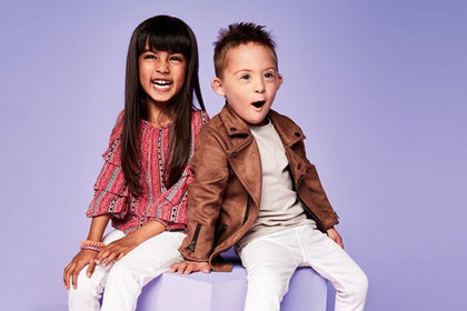 Дети с синдромом Дауна и с ДЦП снялись в рекламе британского бренда