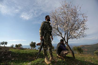 Сирийцы удержались в Африне несмотря на обстрел турок