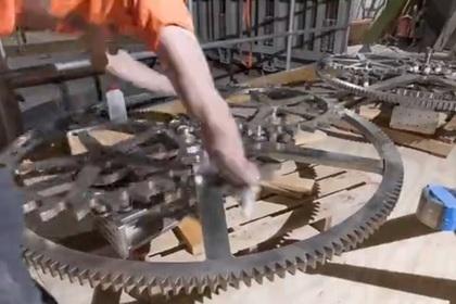 Создатель Amazon начал строить часы на 10 тысяч лет