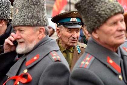Военные заменили мужчин в сознании россиян