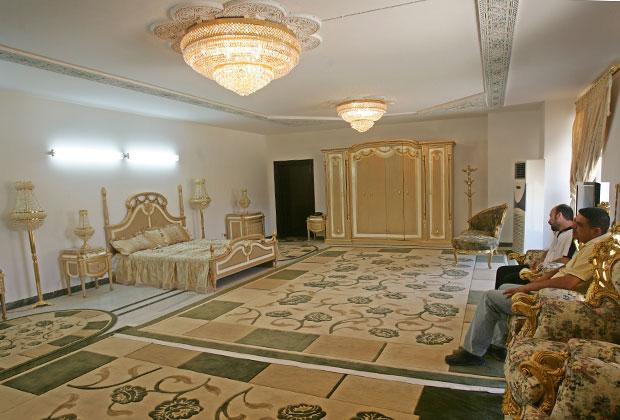 Комнату в городе Хилла, где однажды ночевал Хусейн, теперь можно снять за 170 долларов в сутки