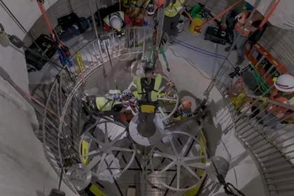 Опубликовано видео сборки рассчитанных на 100 веков часов