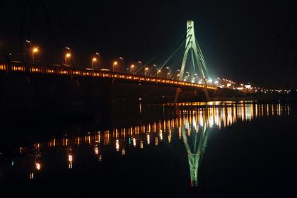 Киевлян лишили Московского моста
