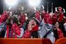 Болельщицы из Кореи на церемонии награждения призеров соревнований по скелетону. Из какой именно Кореи прибыли болельщицы, остается только гадать.