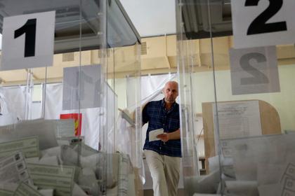 Киев направил ноту Москве из-за проведения выборов в Крыму