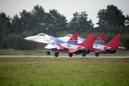Россия выделит Сербии два миллиона евро вместе с подаренным истребителями МиГ-29