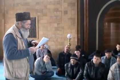 Крымские татары объявили голодовку против сноса мечети
