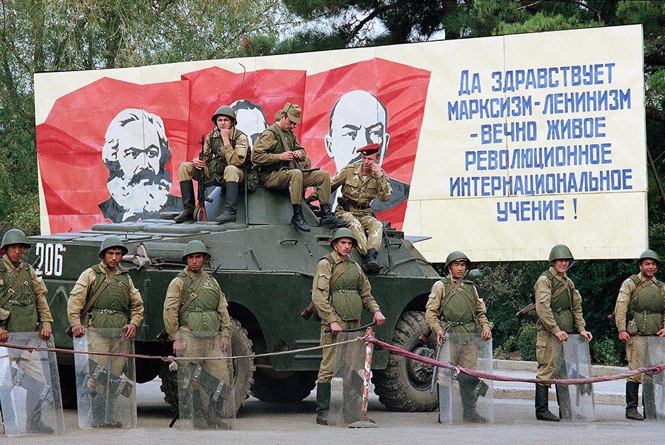 Картинки по запросу карабах советские войска