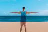 Американский дизайнер Кайл Хьюбер увидел эту футболку и сразу понял, что она идеально подходит для снимка на фоне моря. «Я часто ее надевал, ждал шанса снять этот кадр, но все никак не удавалось, — рассказывает он. — В начале этой недели путешествовал по Пуэрто-Рико и наконец реализовал свою фантазию на самом красивом пляже из всех, где я был в своей жизни».