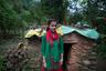 У Маниш Джайзи начались менструации, когда ей было 13 лет. Согласно традициям ее родной деревни, в течение шести дней после первых месячных ее никто не должен был видеть, поэтому девушка пряталась в джунглях, а ночью приходила спать в сарай. Сейчас Джайзи 17, но она до сих пор дрожит, вспоминая об этом.