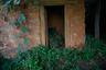 """В 2005 году Верховный суд Непала признал практику чаупади незаконной, однако полностью изжить ее оказалось не так просто. Поэтому в 2017 году был <a href=""""https://lenta.ru/news/2017/08/10/no_izba/"""" target=""""_blank"""">принят</a> закон, вводящий наказание для тех, кто принуждает женщин отправляться в менструационные избы. Виновному придется провести три месяца в тюрьме или заплатить штраф в три тысячи непальских рупий (породистую корову можно приобрести за 50 тысяч рупий)."""