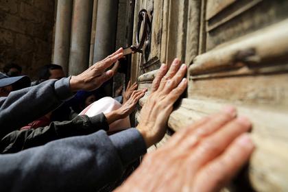 В Иерусалиме после трехдневного возмущения налогами открылся Храм гроба Господня