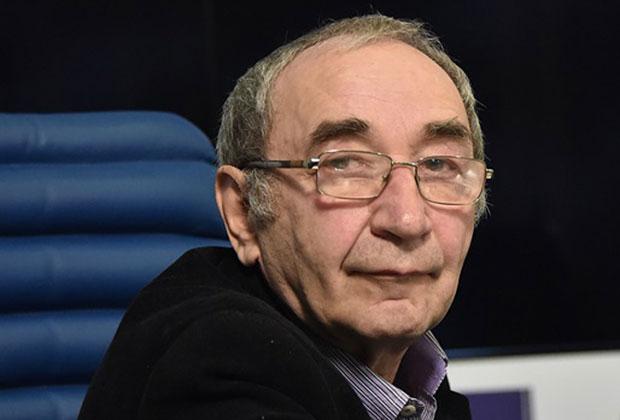 Арсений Рогинский