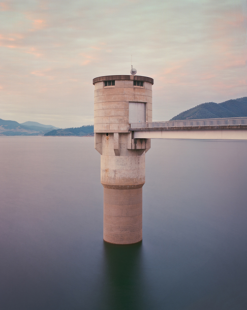 «Впускная башня, Водохранилище в Новом Южном Уэльсе, Австралия»