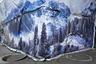 «В течение многих лет власти Казахстана пытались восстановить имидж страны после распада СССР, привлечь внимание к ее природным достопримечательностям. Стройки прикрывают плакатами, изображающими ландшафты страны. Несмотря на все старания, Алматы до сих пор является одним из самых загрязненных городов в мире», — рассказал фотограф.
