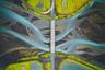 «Вид с воздуха на ледниковую реку в Исландии. Проезжая мост, я заметил какой-то узор в воде, и мне стало интересно, как это будет выглядеть с неба», — рассказал фотограф.  Шорт-лист открытого конкурса в категории «Путешествия».