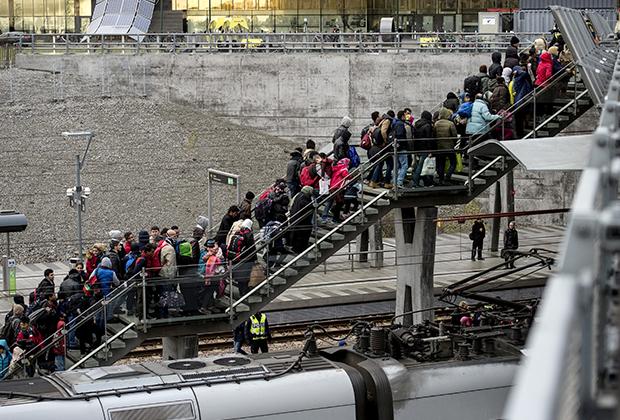 Новая партия беженцев прибыла в Мальмё