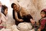 Матмата, самый большой подземный город, сотни лет стоял в Джебель-Дахаре. Его окружали берберские деревни, построенные по тому же принципу. Несмотря на это, о них почти никто не слышал. Так продолжалось до 1967 года, когда в тех местах разразился небывалый дождь. Осадки не прекращались 22 дня и размыли искусственные пещеры. Берберам пришлось попросить помощи у властей Туниса. Так мир узнал об их подземных жилищах.