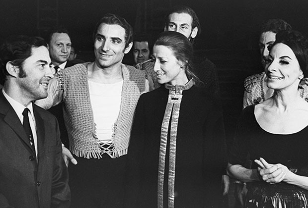 Майя Плисецкая с братом, 1969