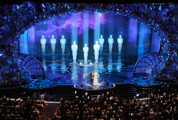 Сцена вручения премии в театре «Долби» в Лос-Анджелесе