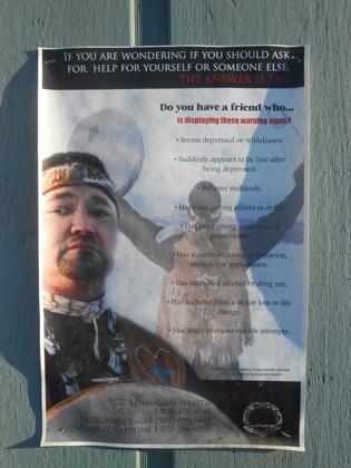Плакат центра психологической помощи коренным жителям Аляски