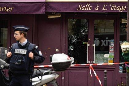 Встолице франции  неизвестные сняли скальп с гостя  ресторана
