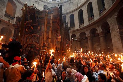 РПЦ раскритиковала раскрывшего тайну Благодатного огня армянского священника