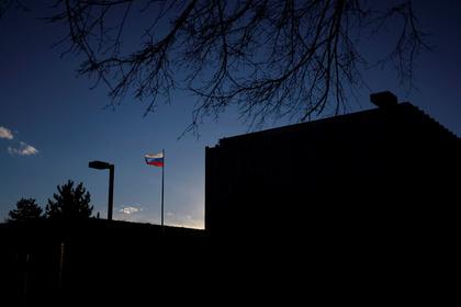Дипломаты поведали  овертолете, кружившем над посольством РФ  вСША