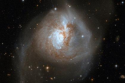 Вблизи Млечного Пути нашли мертвую галактику