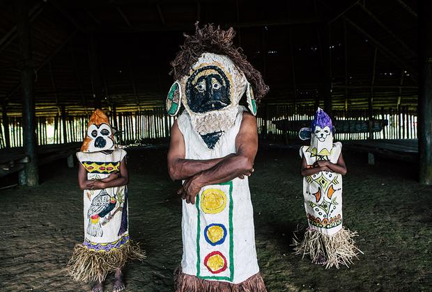 Так выглядят традиционные индейские племена в эпоху смартфонов.