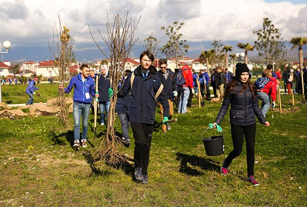 Экологическая акция по благоустройству Орнитопарка в Сочи с участием 1800 сотрудников ФМИ в России