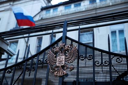 Великобритания вышлет 23 российских дипломата