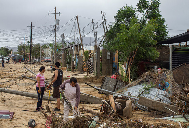 Основным источником опасности в регионе, как и во всей Латинской Америке, считаются организованные преступные группировки, занимающиеся преимущественно наркоторговлей. Но есть здесь и страшный природный убийца — постоянные ураганы.