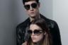 В оптической коллекции для своего именного бренда легендарный немецкий дизайнер, глава дома Chanel Карл Лагерфельд придерживается минималистского стиля и использует свой любимый черный. Мужчинам он предлагает «авиаторы», женщинам — вольную вариацию на тему «броулайнеров», популярных в 1950-1960-е годы.
