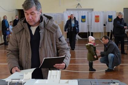 В Сибири начали голосовать