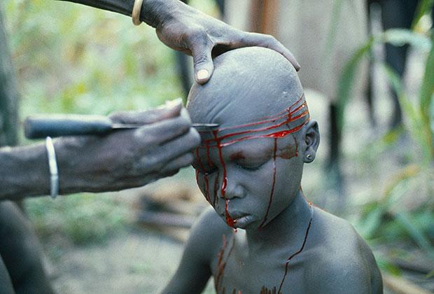 Шрамирование как символ инициации в племени динка