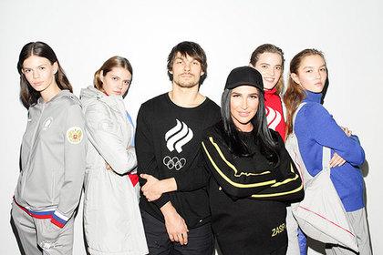 Олимпийский чемпион сноубордист Вик Уайлд и дизайнер Анастасия Задорина в окружении моделей