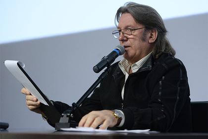 Захарова прокомментировала слова Макаревича о«злобных дебилах»