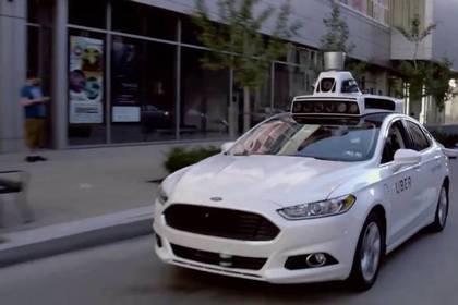 Беспилотный Uber насмерть задавил пешехода