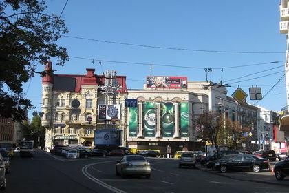 Площадь Льва Толстого в Киеве