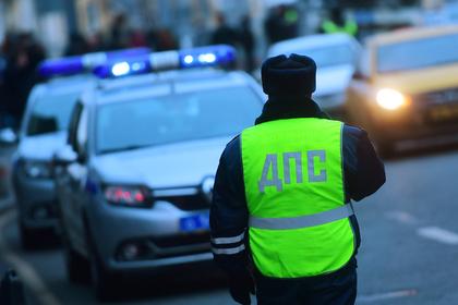 Инспекторов ГИБДД обстреляли из автомата в Петербурге