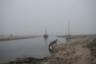 Деревня Яреньга, Архангельская область. На заднем плане видна яхта научной экспедиции, изучающей культуру поморов.