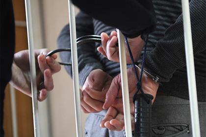 Сотрудник ФСБ получил 200 тысяч юаней за российскую гостайну