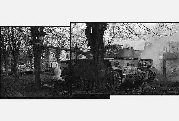 Западный Бреслау. Горят немецкие танки в Любене. 1-й Украинский фронт, 1945 год.