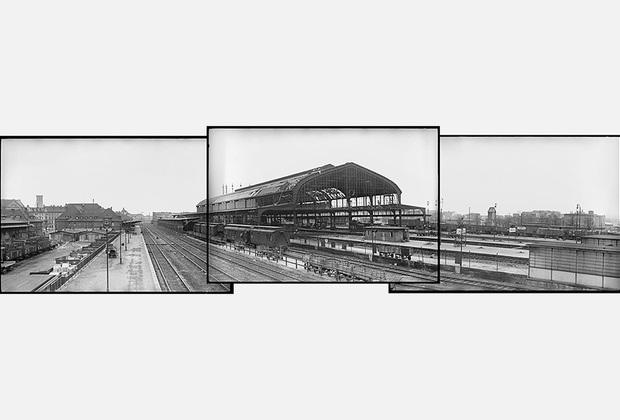 Вокзал в городе Лигнице в день освобождения. 1-й Украинский фронт, 1945 года.