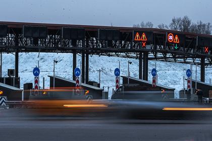 Проезд на машине от Москвы до Санкт-Петербурга приравняют к билету на поезд