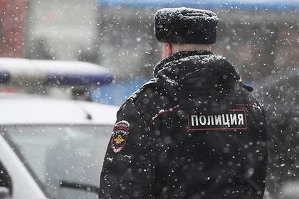 Россиянин сделал убощицу секс-рабыней