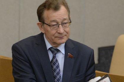Депутат предложил усыплять собак в ответ на вопрос о сексуальных домогательствах